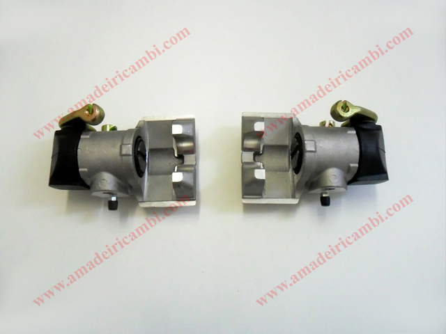 Rear_brake_calipers-Fiat_124_Abarth 1.jpg
