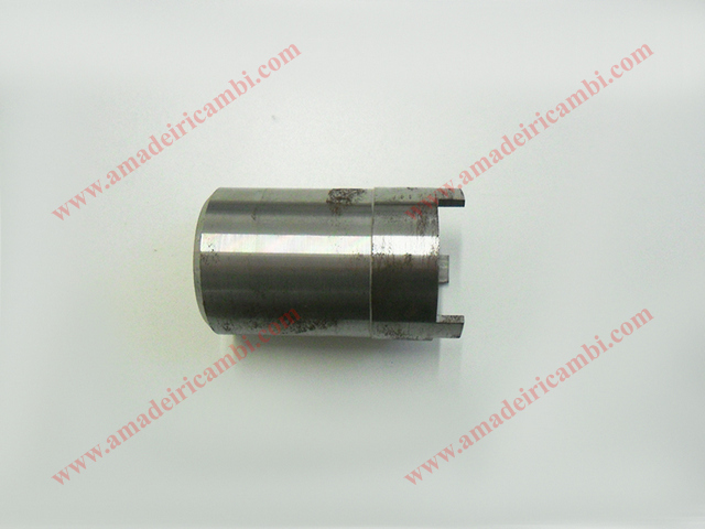 Key_for_rear_inner_bearing_locking_ring_nut-Lancia_ALF00109.jpg